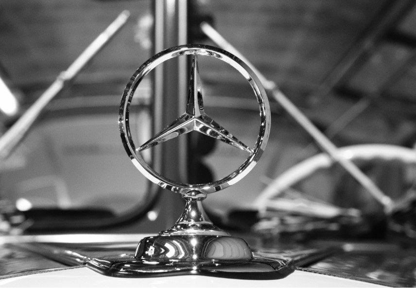 mercedes-benz-takes-a-holistic-approach-to-industry-4.0
